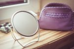 kosmetyczka, lustro